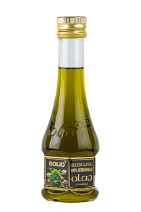 Hempseed oil for cooking and salads